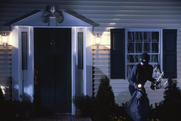 6 Super useful ways to secure your home without an alarm system